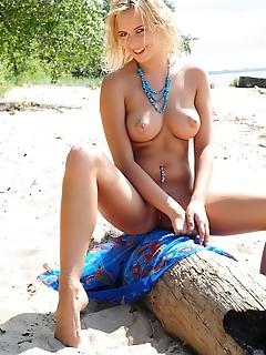 Sexy big tits blonde